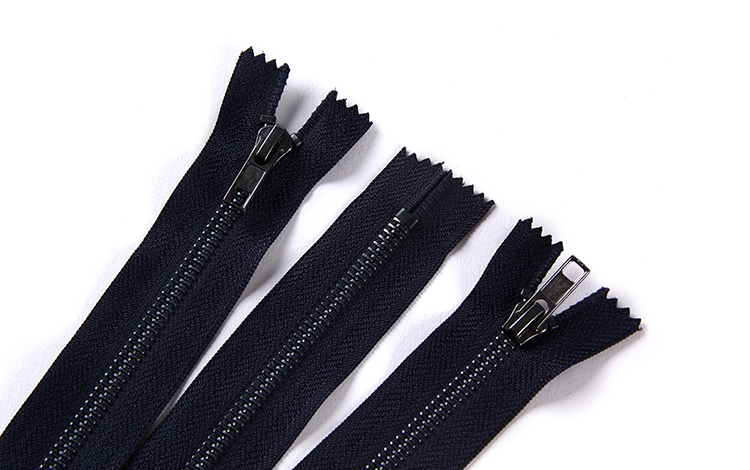 Manufacturer supply high performance durable auto lock nickel zipper