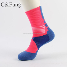Hochwertige design sublimiert basketball sport socken