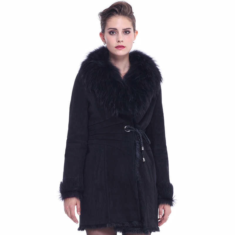 Women winter fashion luxury suede raccoon fur collar goat fur shearling wool lining medium-long design one piece outerwear coat