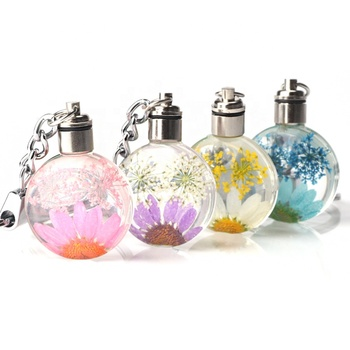 New led keychain promotional dried flower crystal led key chain