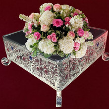 Christmas gift 갖춰져 feature 금 plated crystal metal wedding cake 서