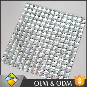 China Foshan Beveled Diamond Glass Sliver Mirror Mosaic Tile For Wall Decoration