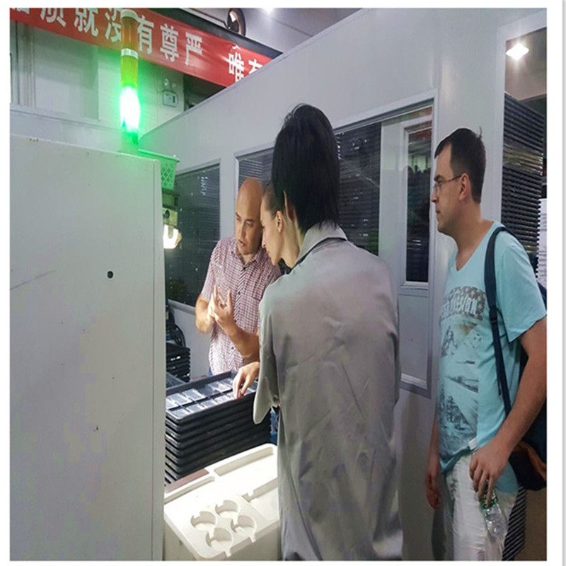 Fabricante de moldagem por injeção de produtos de plástico ABS tubo prateleira, soquete de lâmpada acessórios do molde
