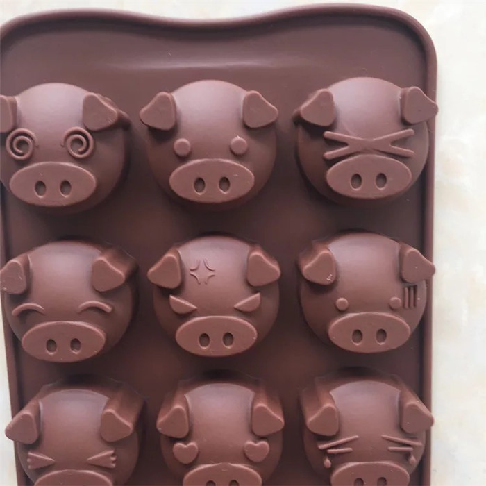 FDA Pig shape non-stick silicone chocolate mold/Cute pig shaped soap mold