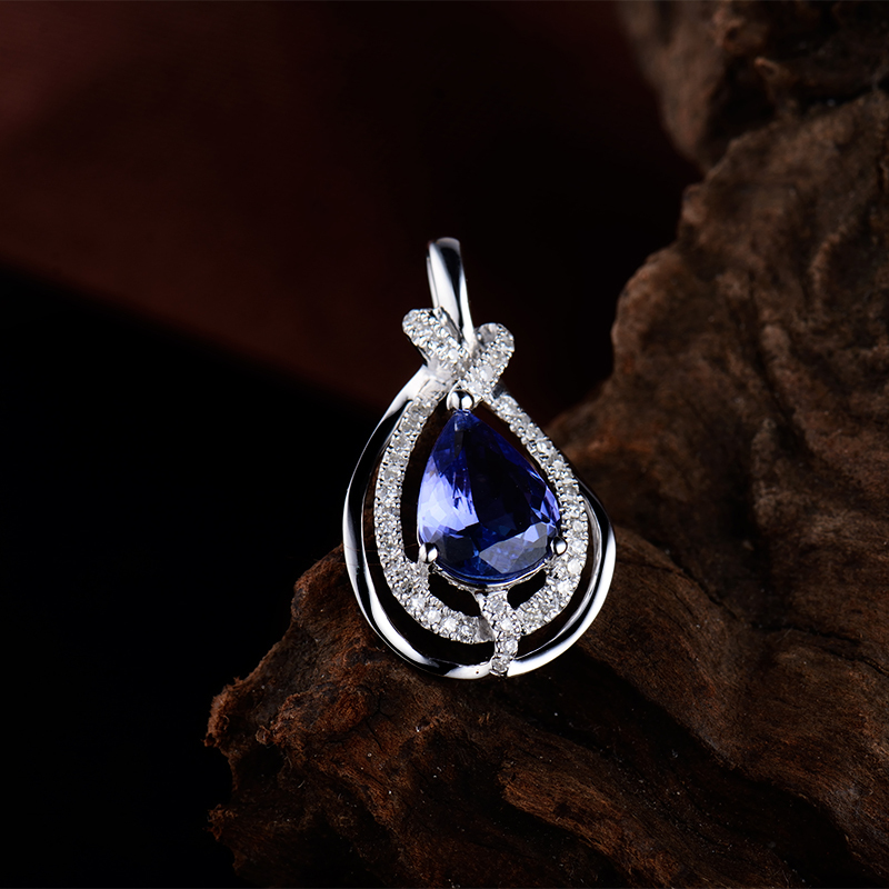 Vintage pear tanzanite pendants necklacereal diamond real vintage pear tanzanite pendants necklacereal diamond real tanzanite pendants in 18kt white gold for mozeypictures Choice Image