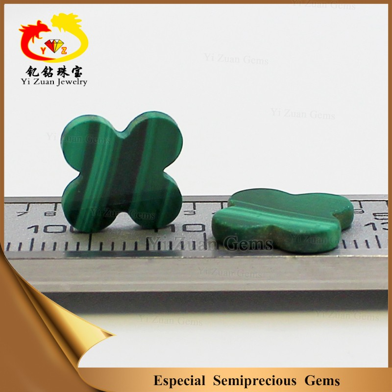Automatic machine cut four leaf flower natural green malachite gems