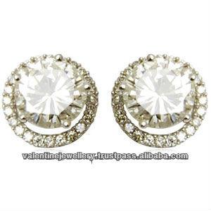 abcc74ec344f09 Diamond solitaire earrings, Small accent diamond big center diamond tops,  Designer studs earrings jewelry