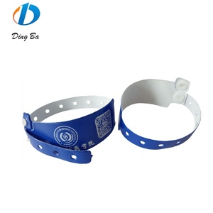 Disposable medical plastic buckle wristband printed vinyl bracelet