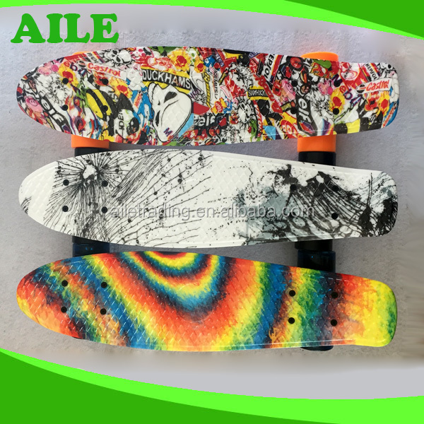 China High Performance OEM 22 Inch Roller Skate Board