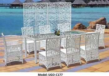 Grande Móveis De Vime Redonda UGO C177 Design Moderno Mesa Com 8 Lugares  Cadeiras De