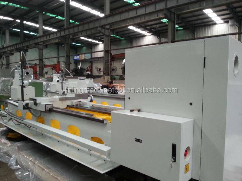 operation lathe machine