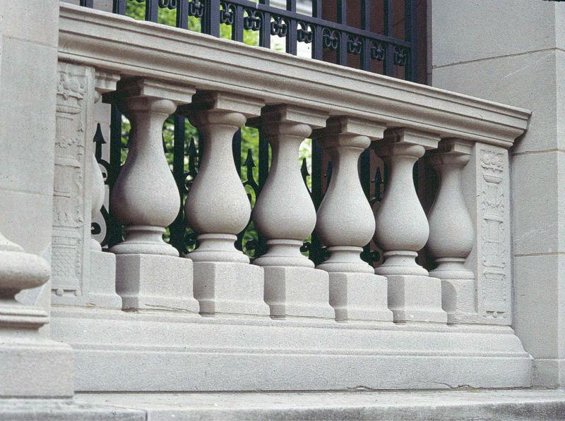 Pipe au balcon de l hotel - 3 2