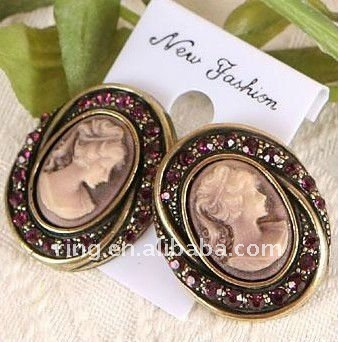 Lady fashion crystal cameo party fancy stud magnetic earring