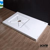 dubai shower room with tray