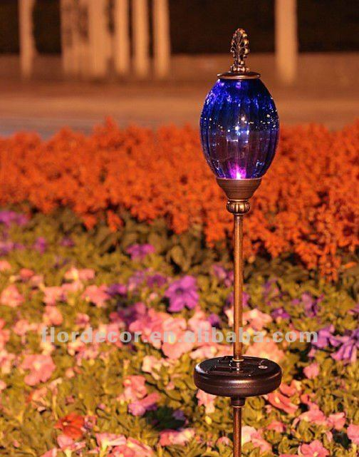Firefly Solar Garden Art with Glass Globe light