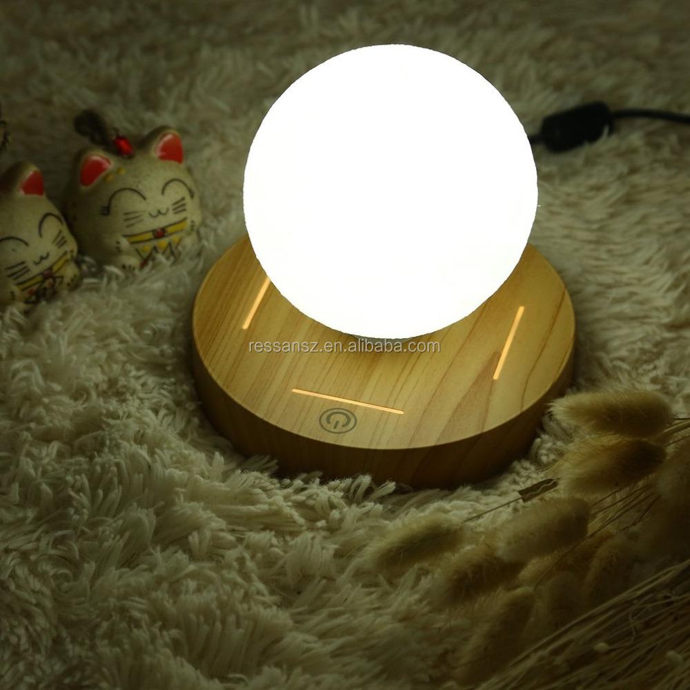 New Arrival 10cm 3D Magnetic Levitating Floating Moon Light Rotating Lunar Table Lamp Romantic Night Light
