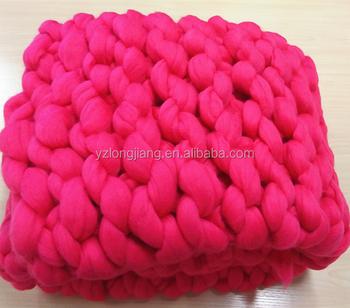 Merino Wool Yarn Super Chunky Wholesale Wool Roving Knit Blanket