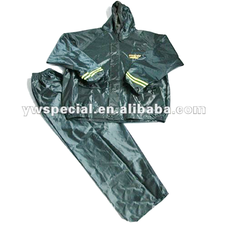 Hot selling reusable rain suit/raincoat with Printed fabric