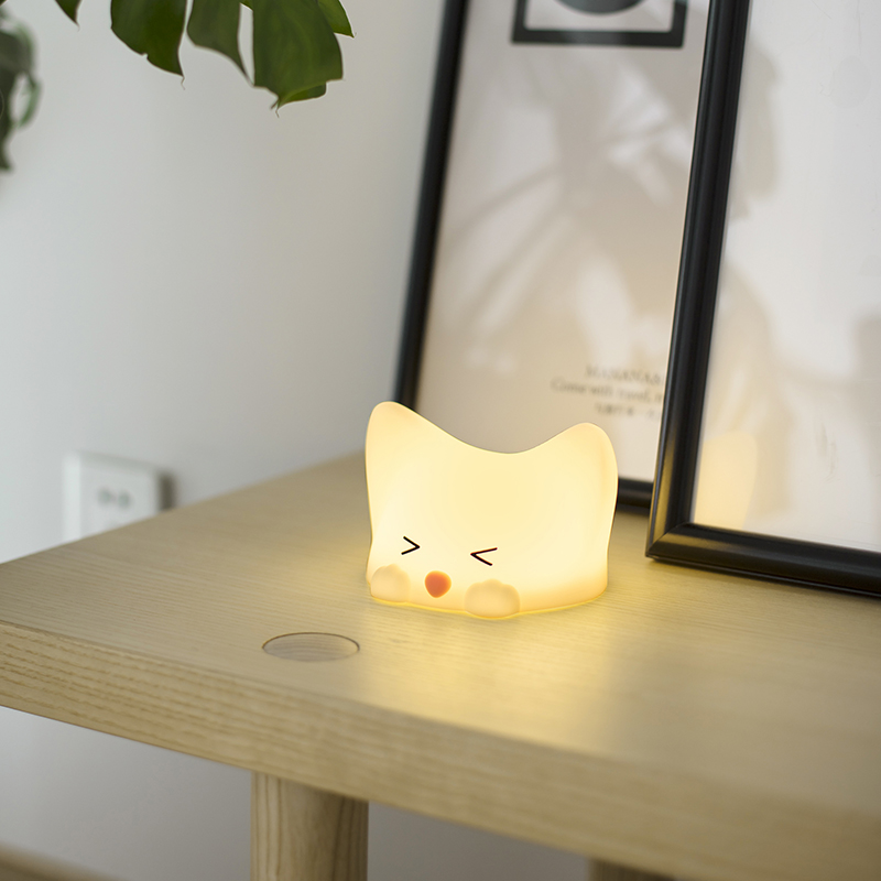 Soft Silicone Cute Cat Night Light with Sounds USB Rechargeable Press Control Desk Table Lamp 7 Colors Change Gift for Child