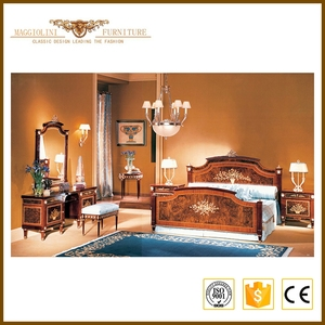 Alibaba Master Royal European Italian Style Classical Queen Size Luxury Bed Room Furniture Bedroom Set