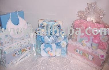 TLE740 Sale! Gift Baskets & Items For Occasions: BABY ESSENTIALS DELUXE