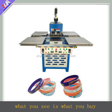 automatic silicone bracelet embossing equipment,rubber wrist band machinery