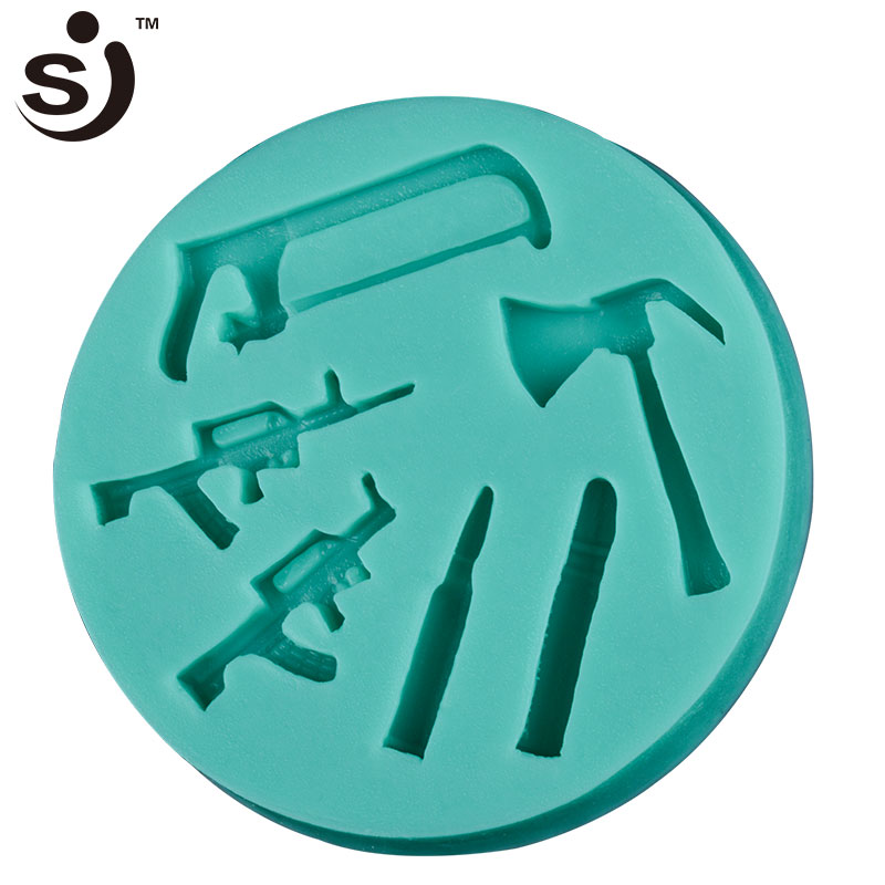 New product silicone baking molds funny gun saw shape cake silicone molds