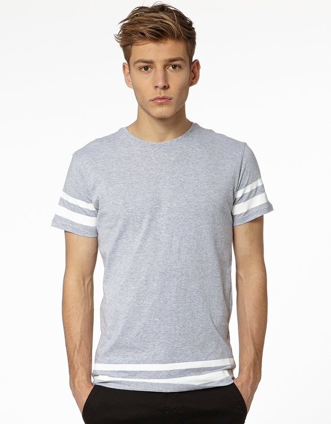 Shop boysâ shirts that will have him looking great for a day playing in the yard or a fancy dinner with the family. Find boysâ t-shirts, polos, button downs and more to create a well-rounded wardrobe. Sears is your one-stop-shop for creating any outfit.
