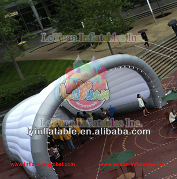 Hot selling outdoor party mobile inflatable stage marquee moon tent dome on sale