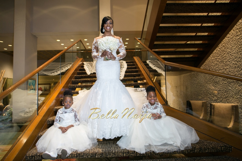 http://g01.a.alicdn.com/kf/HTB1sQDTJpXXXXXGXXXXq6xXFXXXi/African-Plus-Size-Long-Sleeves-Wedding-Dress-Mermaid-Lace-Bridal-Gowns-Off-the-Shoulder-Appliques-Sweep.jpg