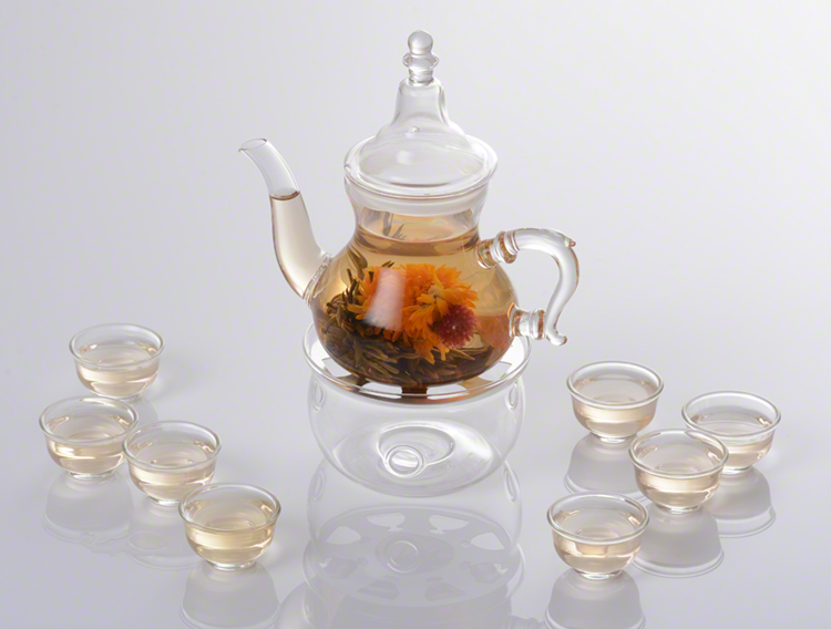 glass-teapot-with-cups.jpg