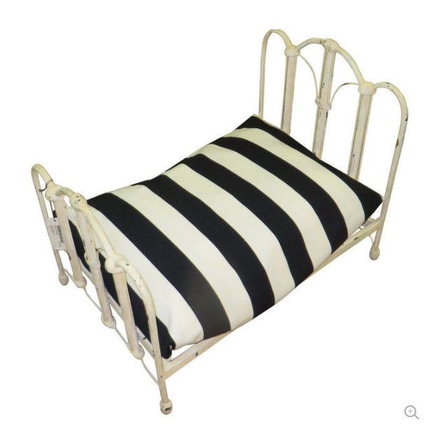 Antique Style Cream Wrought Iron Dog Bed