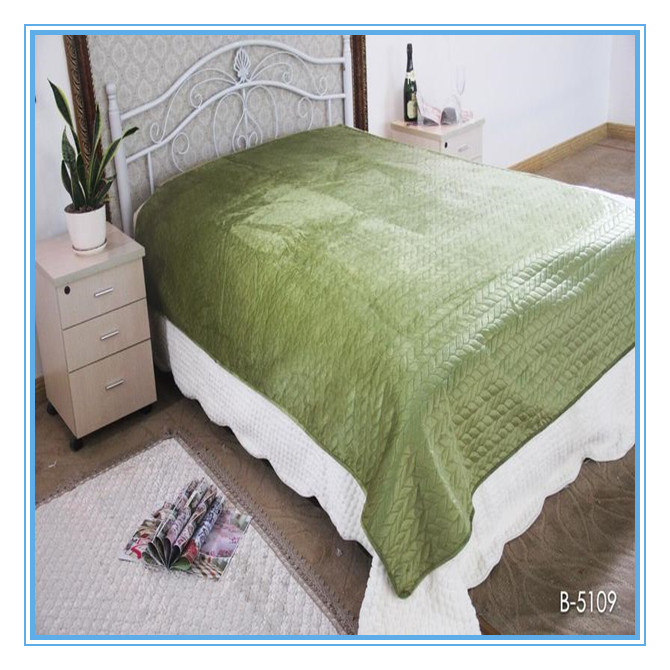 green color pinsonic bed cover pinsonic short plush blanket
