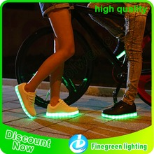 2017 hot selling unsex led shoes for adult and children