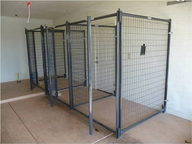 Gro e schwere betonstahlmatten hund laufen 10x10x 6ft tier for Dog kennel in garage ideas