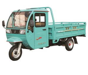 China adults 60v 1.8kw, 800kg battery driving electric closed cabin cargo tricycle and bicycle truck