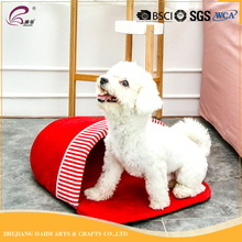 2017 New design and best quality pet shop products luxury cheap slipper pet bed