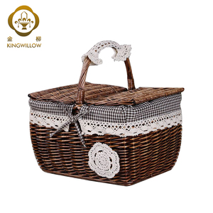 Oval wicker storage picnic basket with handle