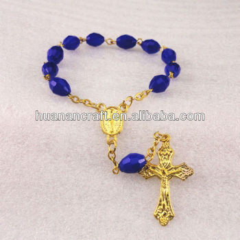 One decade handmade fashion charm glass rosary saints bracelet with cross