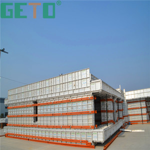 Fast construction time concrete water tank mould with construction materials
