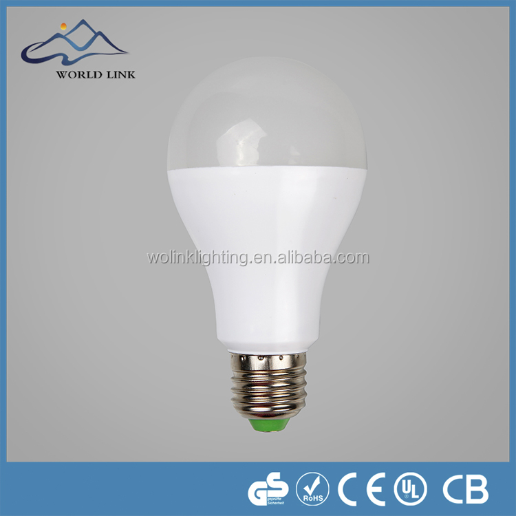 2015 China factory 7W E27 led bulb alum in plastic housing