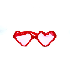 New selling free logo crazy cheap plastic party red heart shape eyes china supplier sunglasses