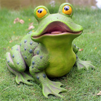 Garden Landscaping Resin Large Frog Statues For Spray Pond Decoration