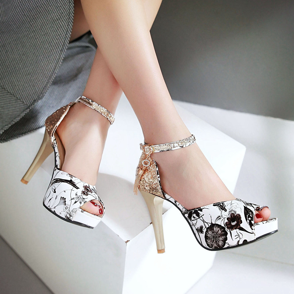 Simple Design Ladies Fancy Flat Summer High Heel Shoes, Latest Design Women Casual Sandals