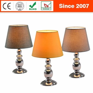 Factory wholesale fashion home decorative bedside metal table lamp