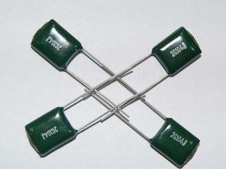 0.1uF Condensadores de varios anuncios de disco de cerámica 100pF
