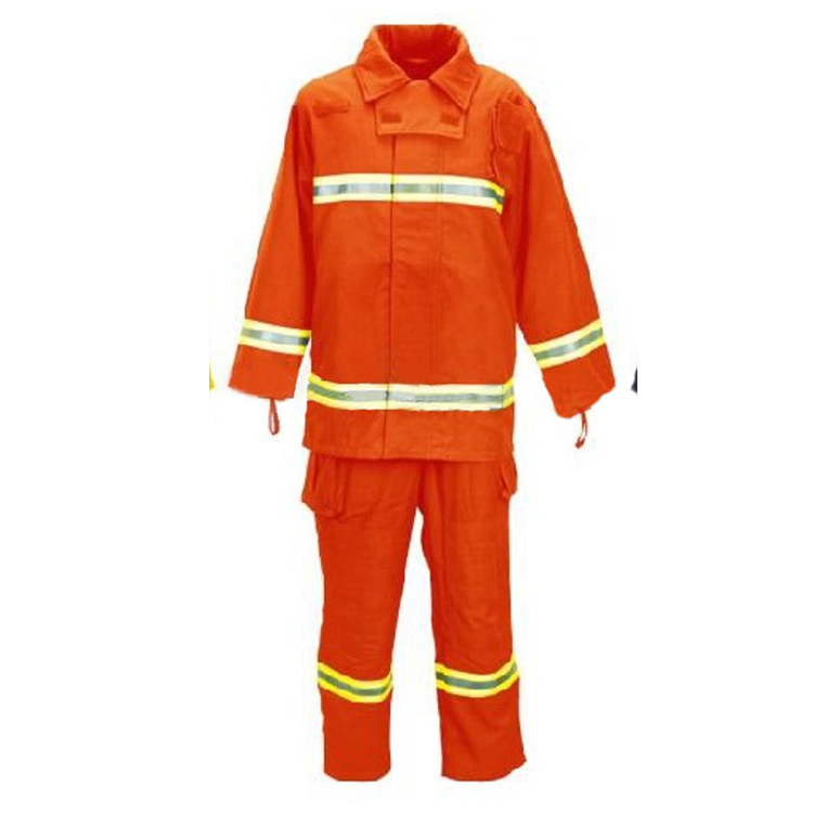 2018 New Safety Product Fire Fighting Equipment , Light Fireproof Suit