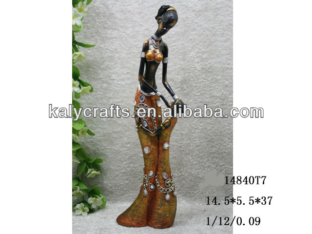 2013 new products polyresin african figurine with child for home decoration