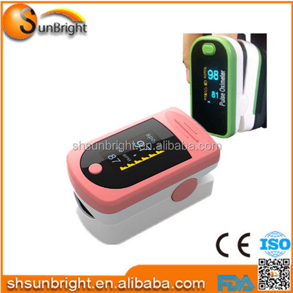 2015 new product hot seller cheap cost performance oxygen analyzer fingertip pulse oximeter with bag