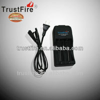 Trustfire TR-006 charger 4.2V cheap car battery charger 1000Mah battery charger AU,EU,UK,USA plug
